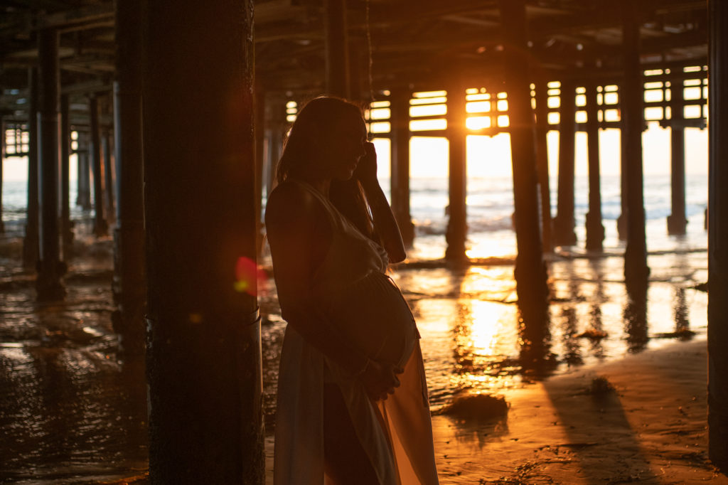Sunset Maternity Session at the Beach by Los Angeles Birth photographer Diana Hinek in Santa Monica, California