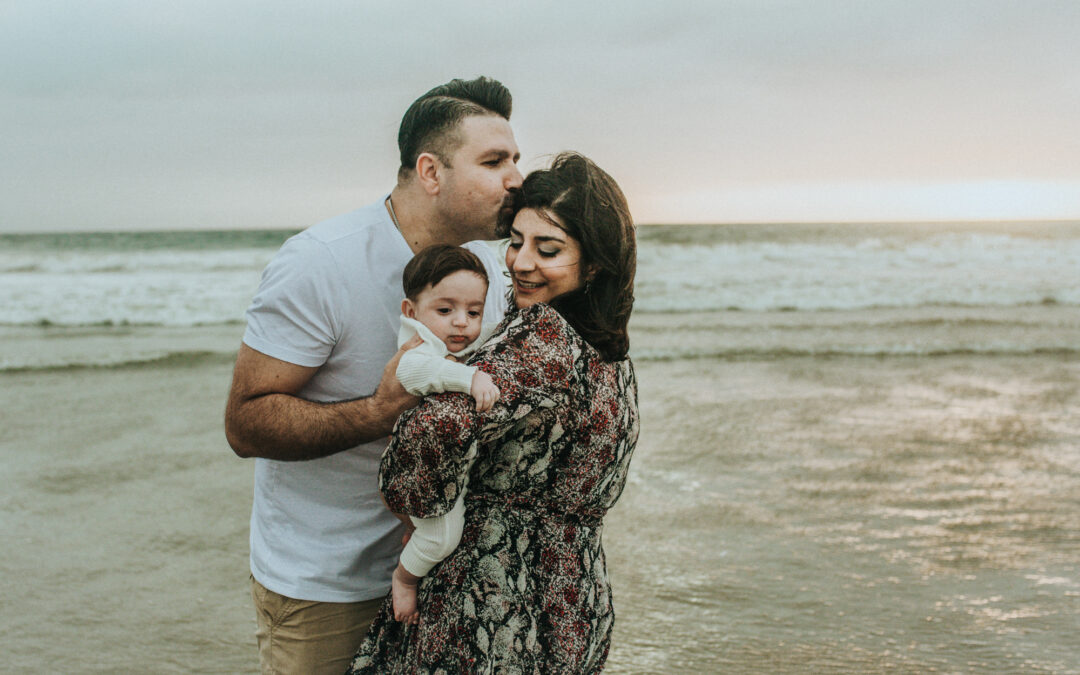 Los Angeles Santa Monica family session on a stormy day by Photographer Diana Hinek for Dear Birth